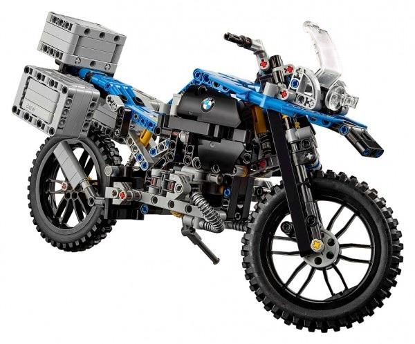 乐高与宝马合作款悬浮摩托车亮相!