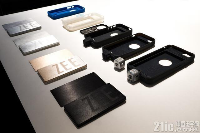 既能扩充内存,又是移动电源,这是一个万能的手机壳