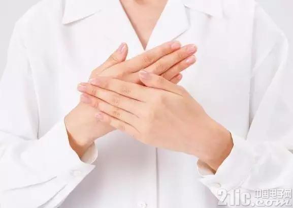 """指甲上的""""月牙痕""""越大就越健康?"""