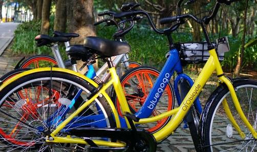 上海编制共享单车标准:满12岁才能骑、须装GPS