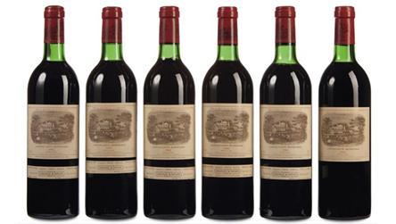 电视剧里总是提到开一瓶82年的拉菲,82年到底产了多少酒?至今还没有喝完?