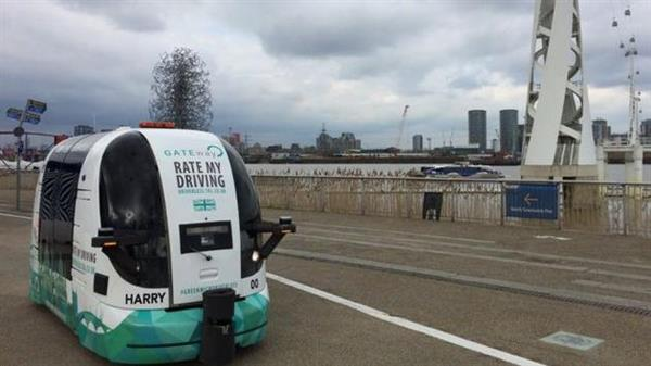 英国创业公司在伦敦测试自动驾驶公交车 无方向盘无刹车