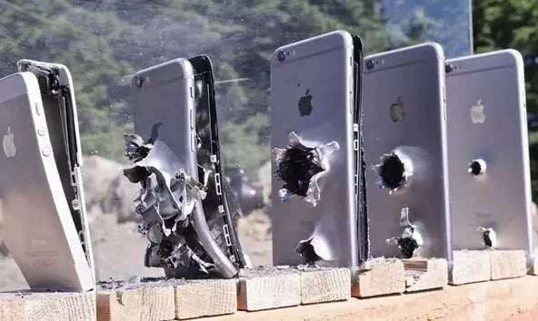 子弹击中苹果、华为、诺基亚手机对比:诺基亚后继有机了!