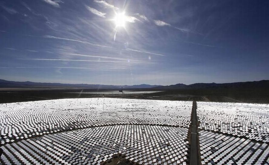 """美国花22亿美元打造世界最大发电站,没想竟成了最大""""捕鸟器"""""""
