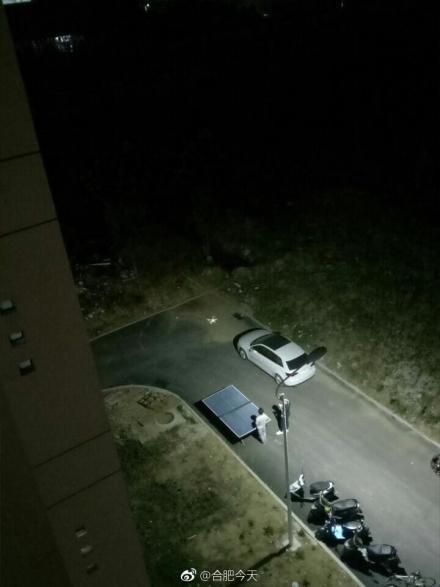高科技色狼,男生晚上用无人机偷窥女生宿舍