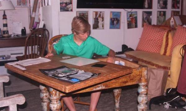 16岁美国小哥修iPhone赚外快:一暑假挣了16万