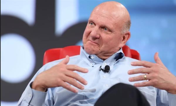 微软前CEO鲍尔默:最遗憾没开发更多硬件产品
