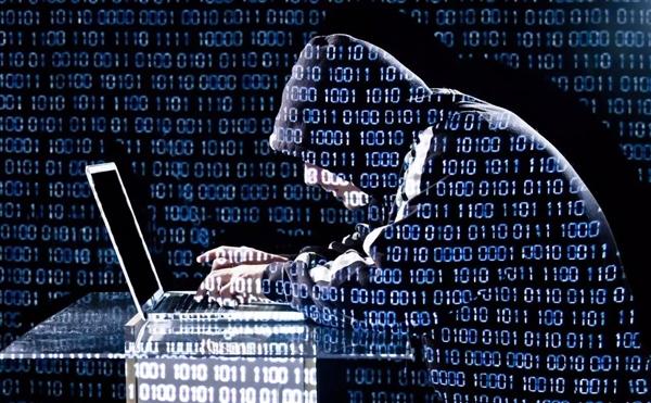 美国开辟陆海空以外的网络空间战场,成立网络作战司令部