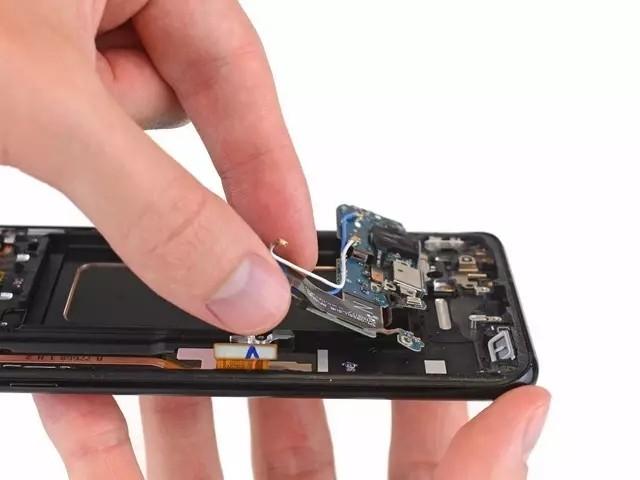 iPhone 7Plus/三星S8/小米6核心零部件型号/供应商大盘点