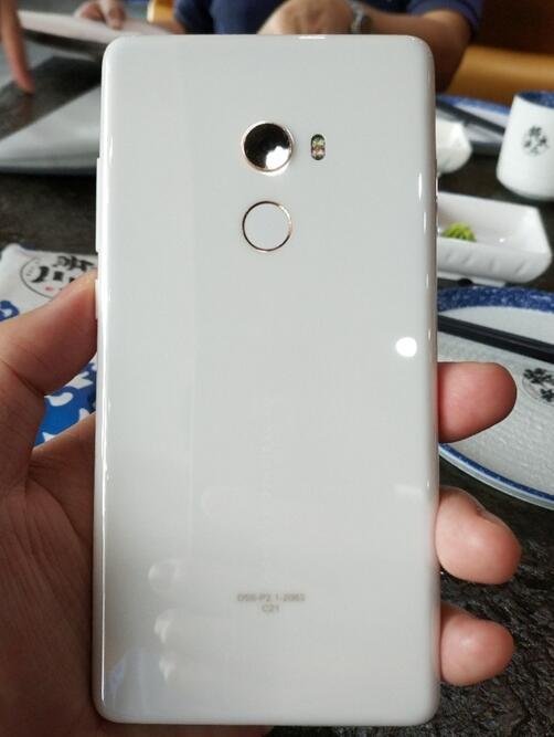 小米MIX2陶瓷黑开箱+图赏, 比iPhone X更惊艳的全面屏