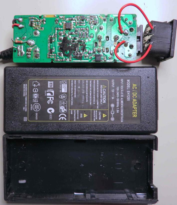 """美工程师拆解三款""""中国制造""""的适配器,结果有点扎心了..."""