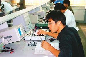 从最初画第一块电路板,到现在才算真正懂工程师这个职业!