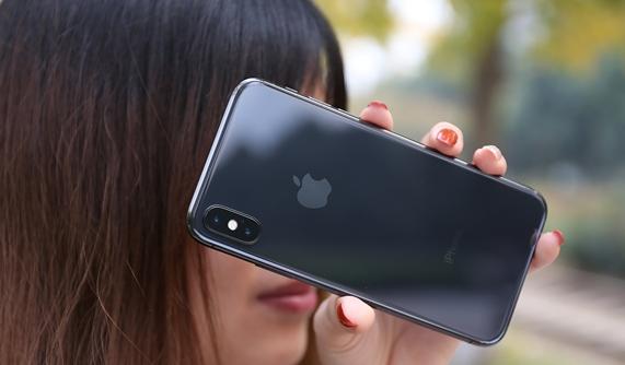 小毛病不断!iPhone X陷入掉漆门,试用半月掉漆严重