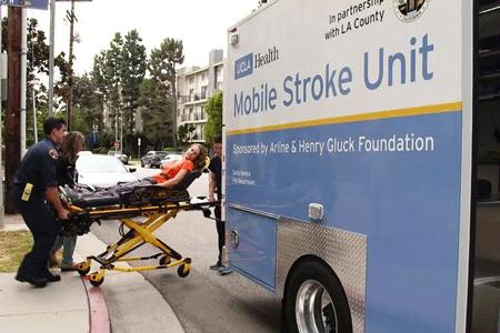 移动式CT扫描,快速救助中风患者