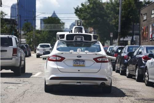 中国自动驾驶将首次获准路测 明年6月或发牌照