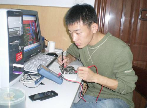 单片机大师郭天祥的大学六年,看看与你的有何不同?