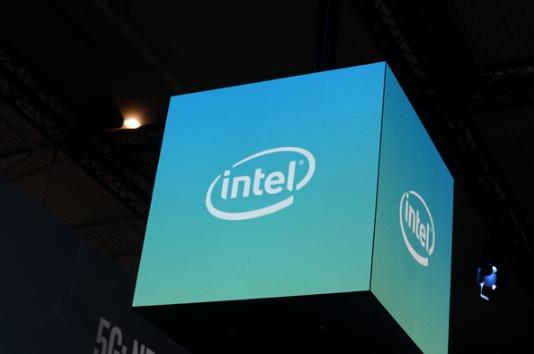 代号DAY 0! Intel 核显首次次与Win10同步更新驱动