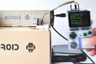 ODROID-GO是一款兼容Arduino的基于ESP32的便携式游