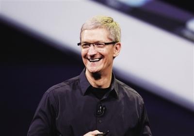 库克笑了,特朗普表示不会对中国组装的iPhone加征关税