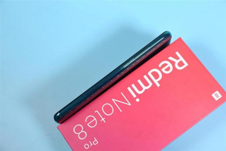 红米Note8 Pro:最佳后置指纹设计