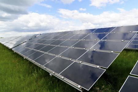 中企承建阿根廷最大光伏发电项目完工